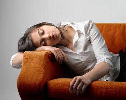 睡觉落枕的自我治疗与恢复经验